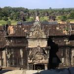 13-Angkor-Vat-10